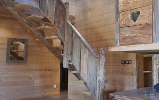chalet-la-toussuire-le-lenanska-escalier