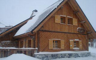 chalet-la-toussuire-le-lenanska-exterieur-neige