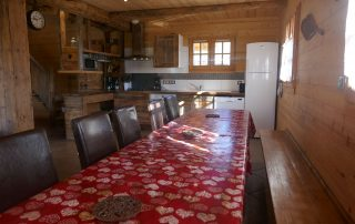 chalet-la-toussuire-le-lenanska-salle-a-manger