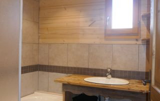 chalet-la-toussuire-le-serac-salle-de-bain-1