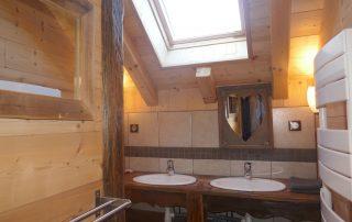 chalet-la-toussuire-le-serac-salle-de-douche-1-etage